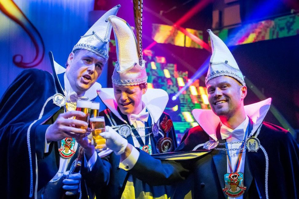 Karneval Schilder, Carnavalschildjes Sfeerbeeld,